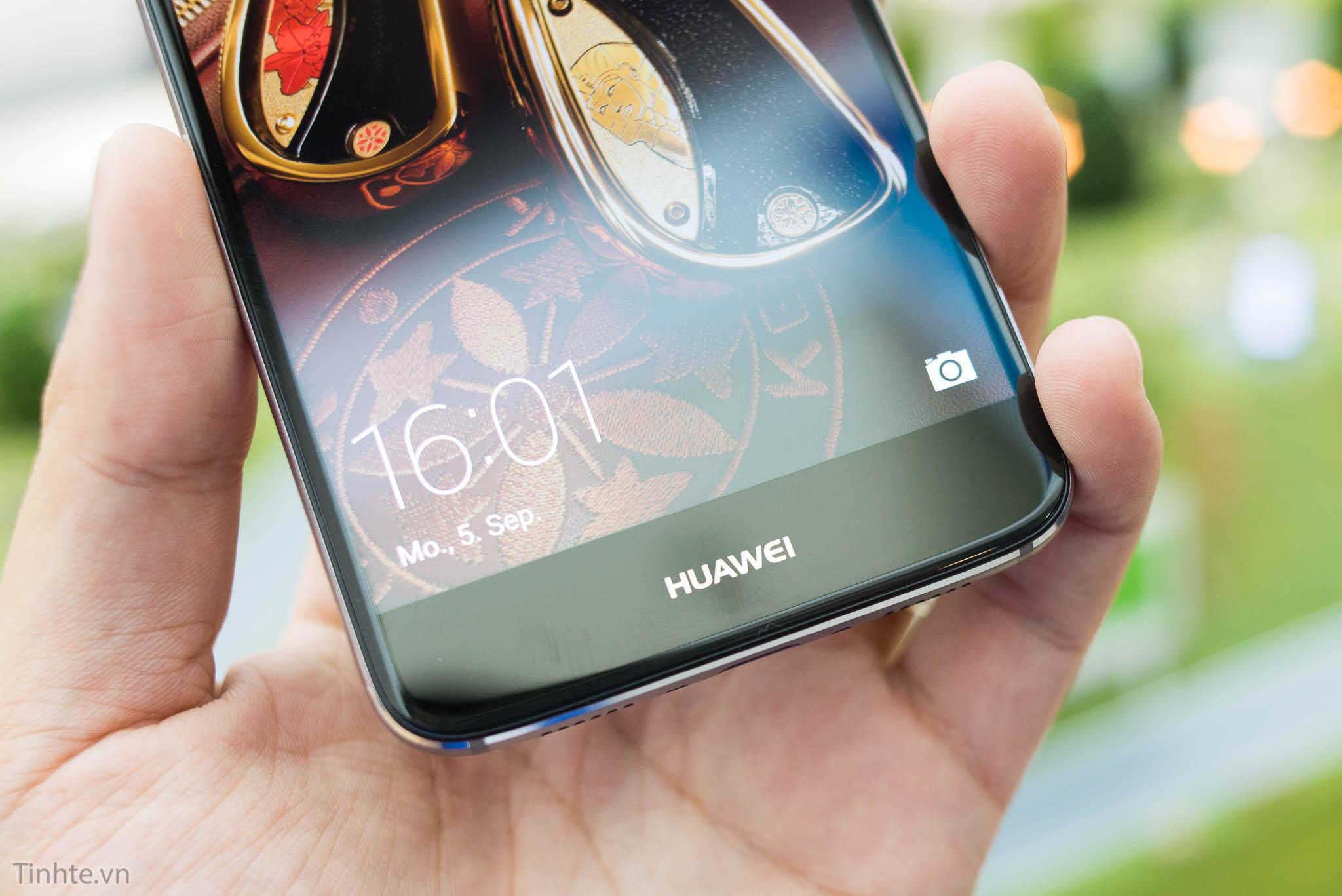 Google cắt đứt quan hệ với Huawei, smartphone của họ sẽ không được cập nhật Android nữa