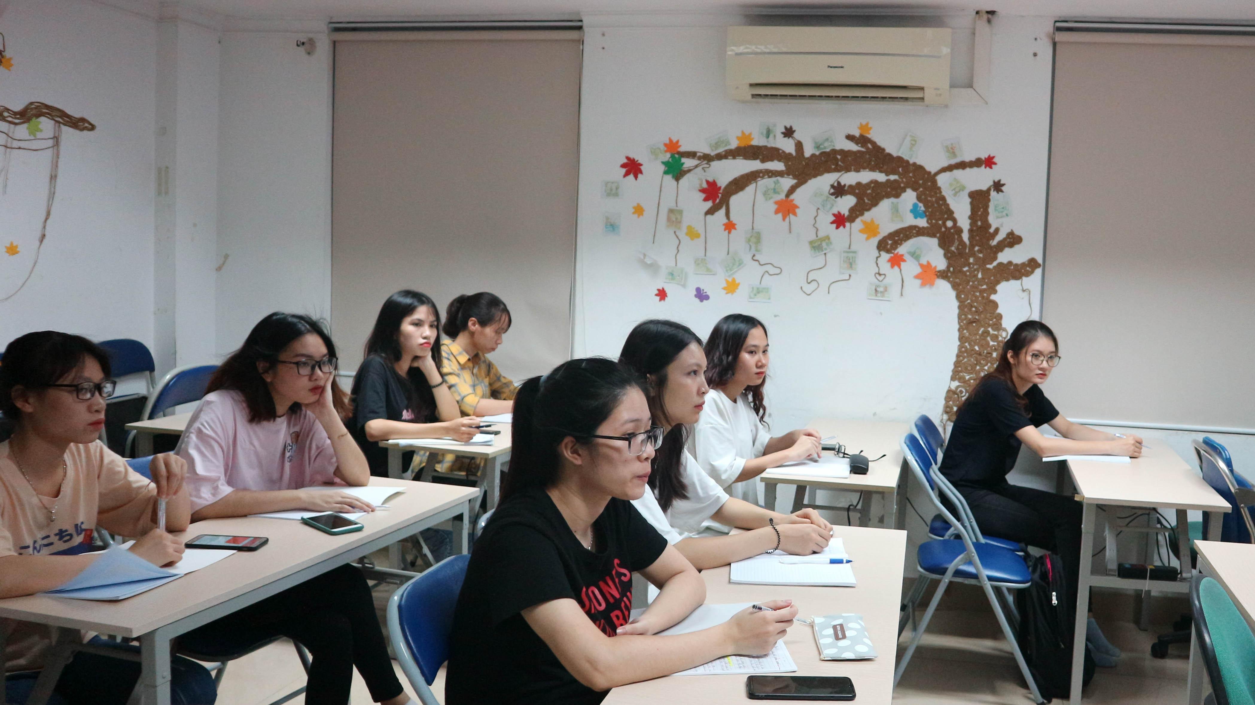 Tại sao học lập trình lại quan trọng đối với sinh viên năm nhất và học sinh THPT?