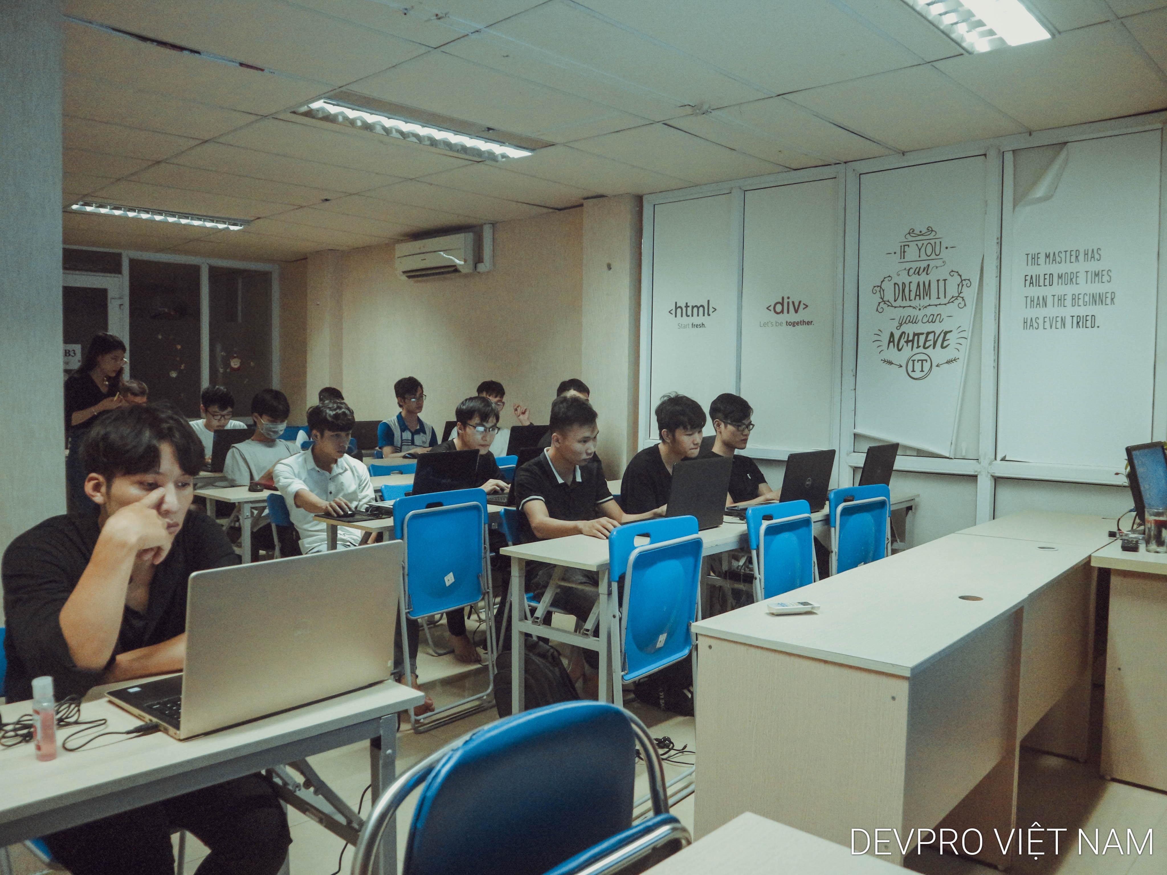 Khai giảng lớp PHP52 23.09.2020 - Devpro Việt Nam